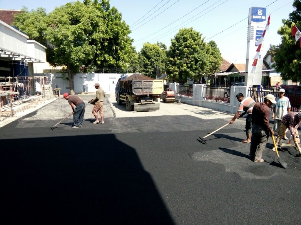 KONTRAKTOR JASA PERBAIKAN JALAN DI JAWA TENGAH